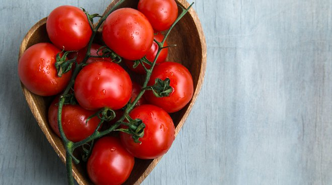 Raw, cooked or in pills, tomato has heart